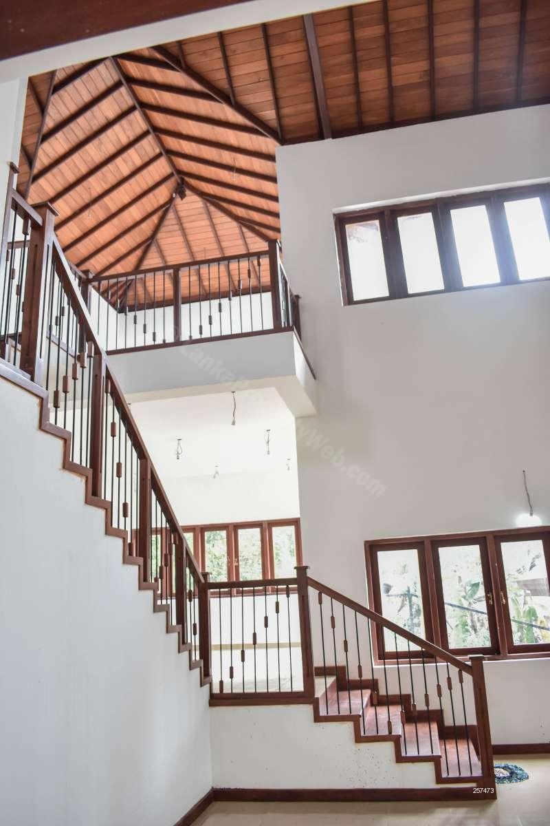 House for sale in Kadawatha - Brand New Luxury House