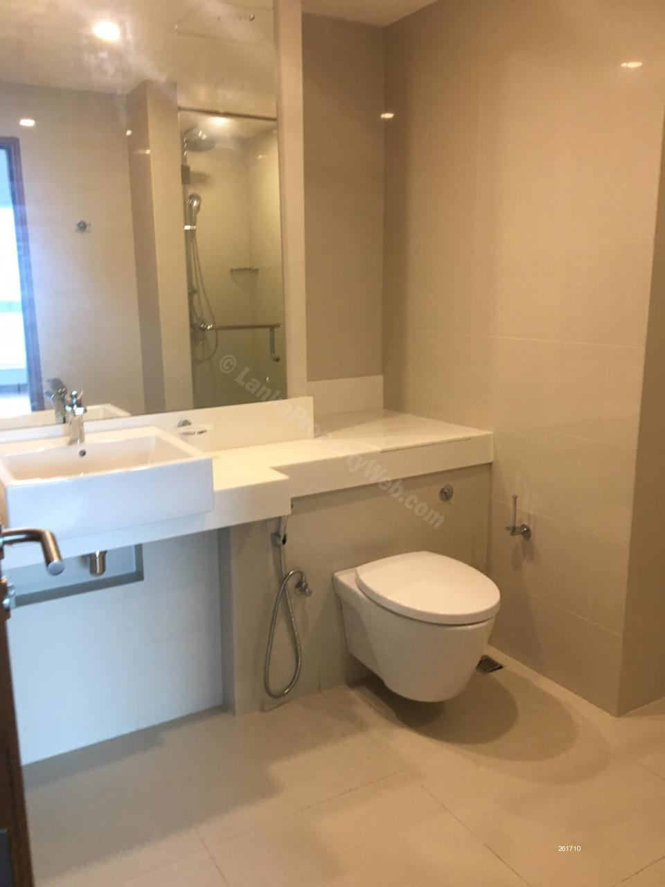 Washroom - Apartment for Sale at Elements by Fairway