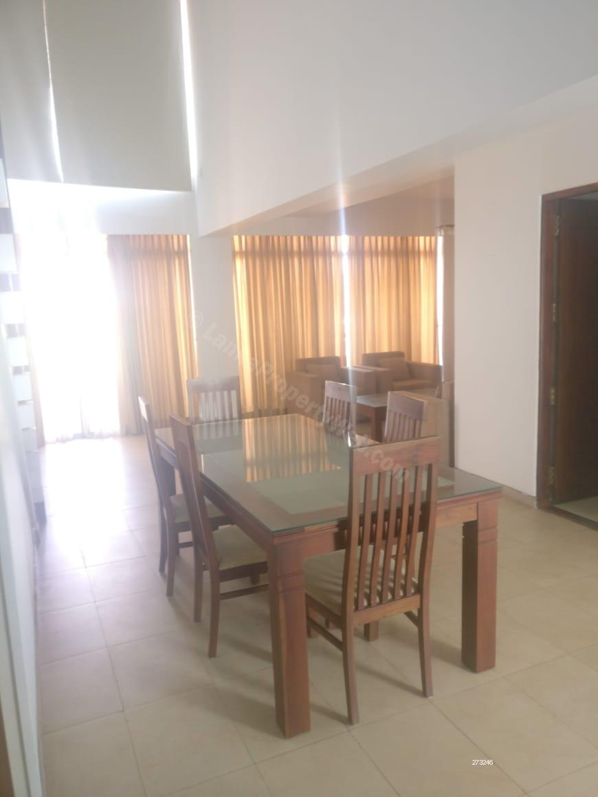 Apartment for sale in Colombo 5