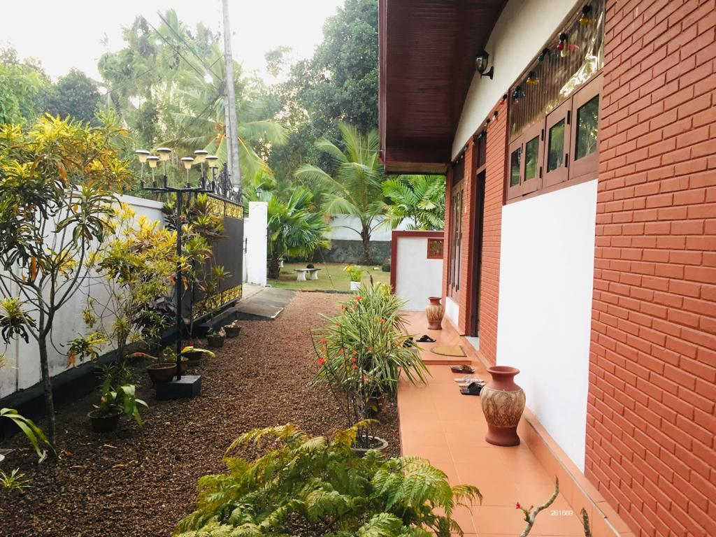 House for sale in Hokandara - House with a land