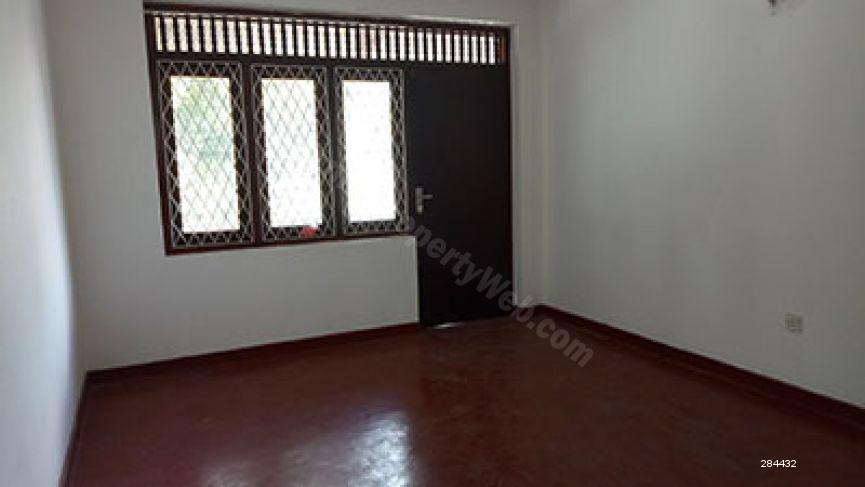 Comm - Commercial for rent in Battaramulla