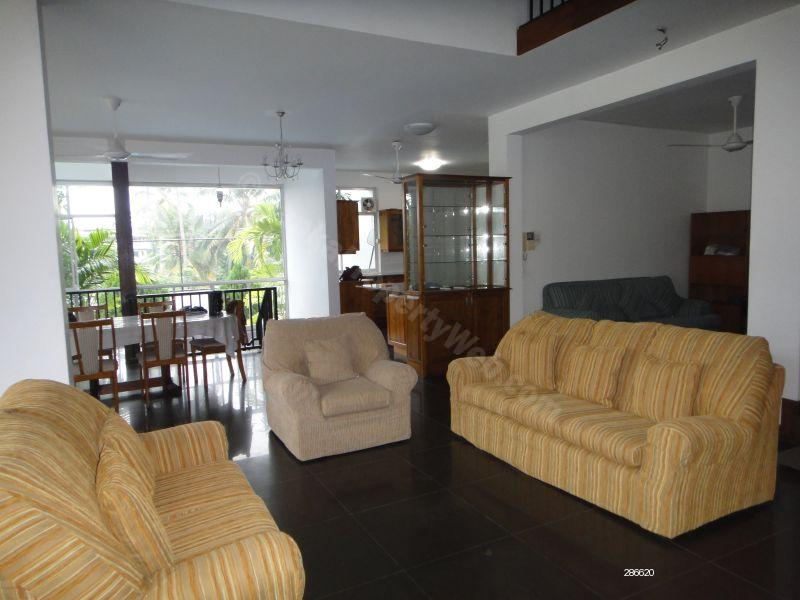 House for rent in Thalawathugoda