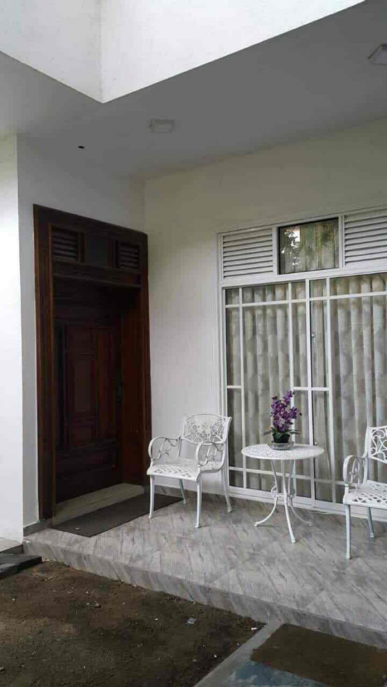 House for Sale in Colombo 8 - 7BR Fully Furnished Modern House for