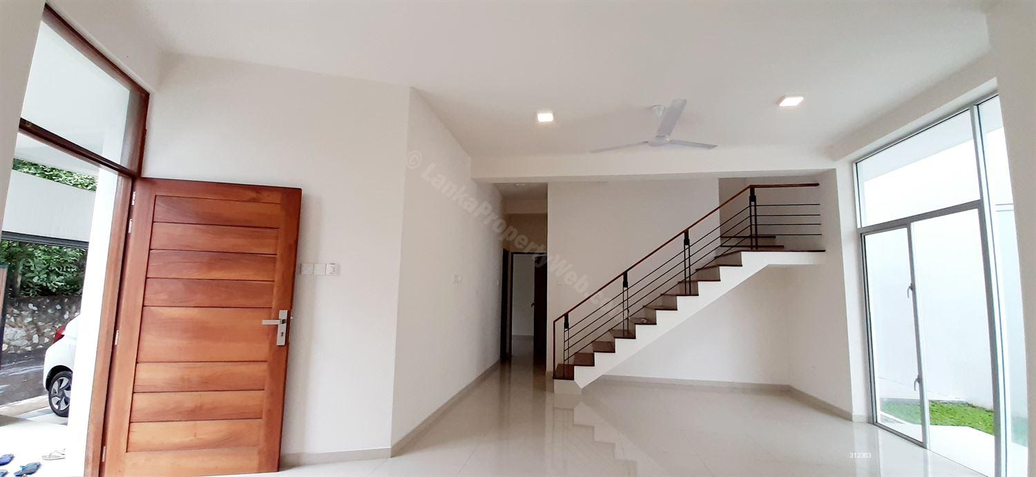 House for sale in Malabe - (4803) Architect Designed 2 Storied House for Sale, Malabe Kahanthota Road,