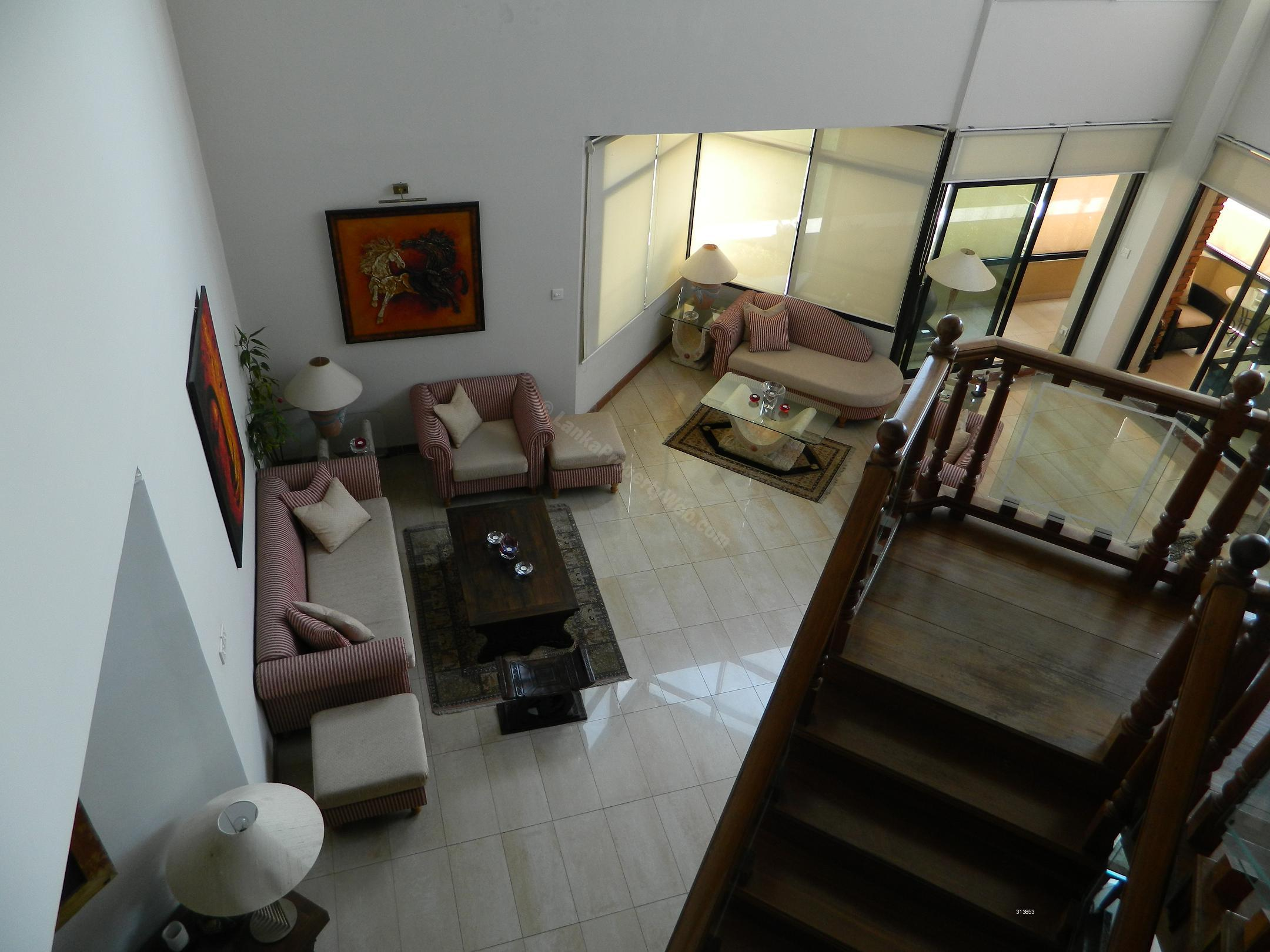 Apartment for sale in Rajagiriya - FOR SALE: Luxury Royal Park Penthouse Apartment