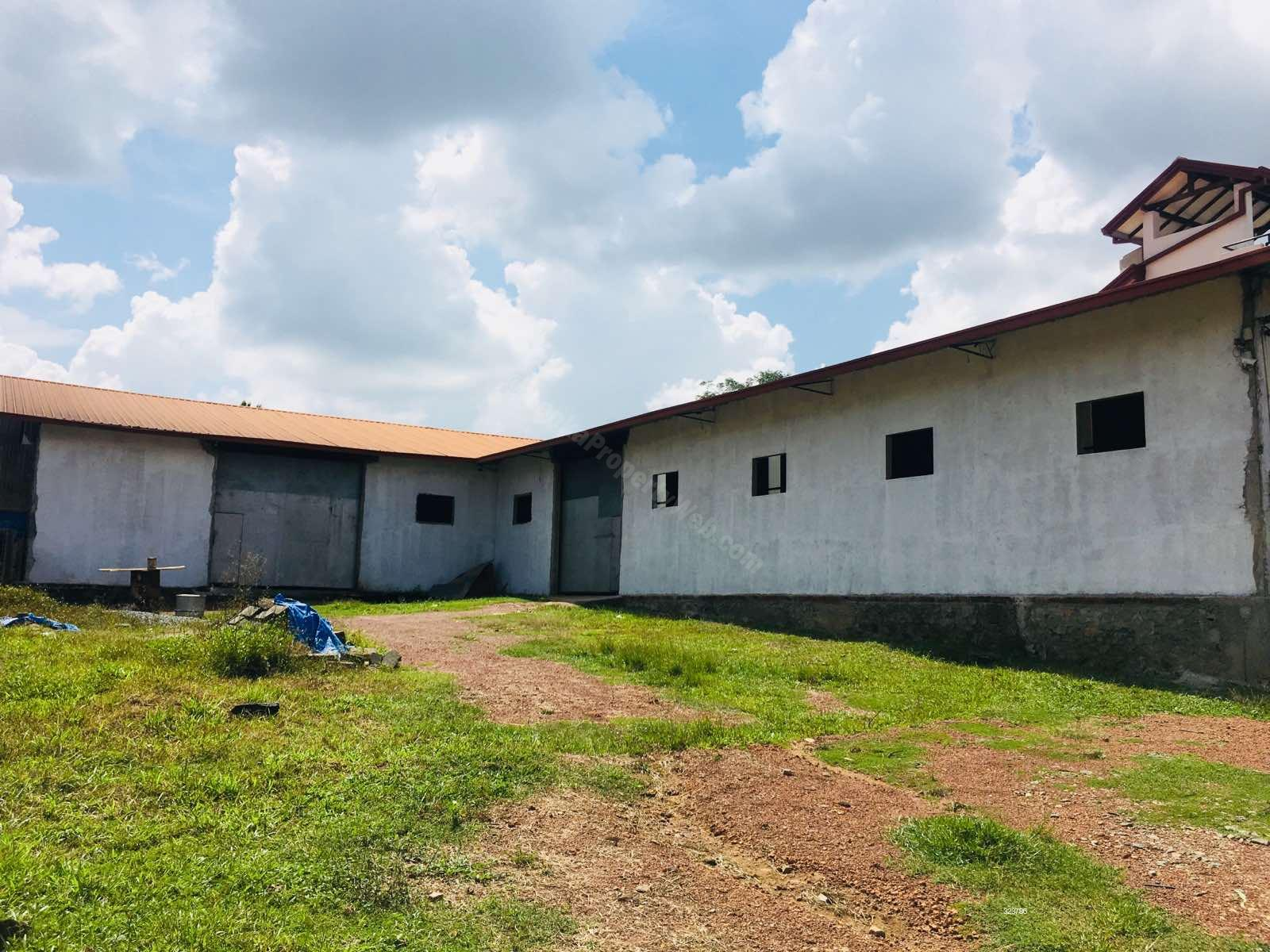 Comm - Shop for sale in Kandana - Factory Building with 50 Perches Land For Sale in Ganemulla, Kadana