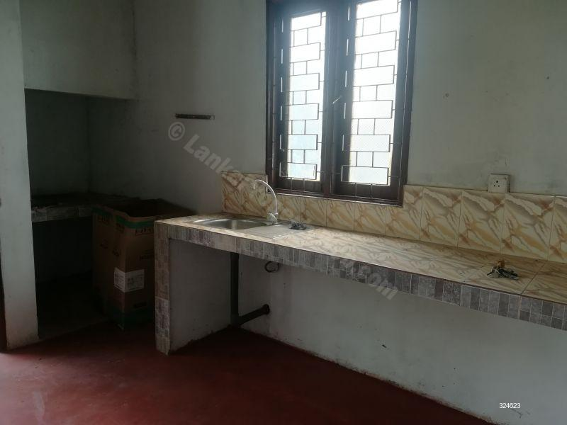 House for rent in Kadawatha - House for rent in Kirillawala, Kadawatha