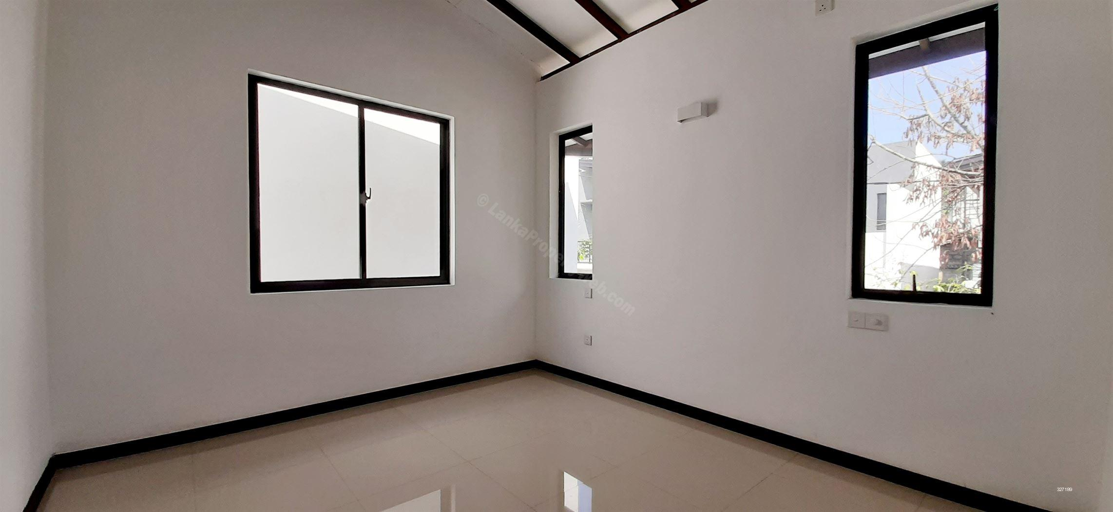 House for sale in Pannipitiya - (4856) Brand New 2 Storied House for Sale, Pannipitiya