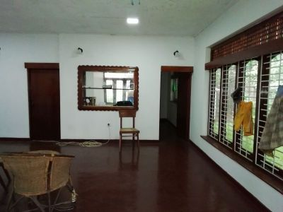 Land with house for sale in Battaramulla - Land for Sale in Battaramulla